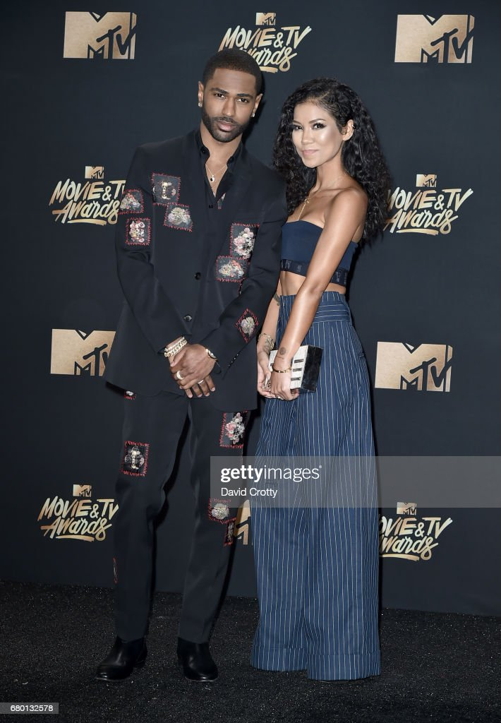Recording artists Big Sean (L) and Jhene Aiko attend the 2017 MTV Movie And TV Awards at The Shrine Auditorium on May 7, 2017 in Los Angeles, California.