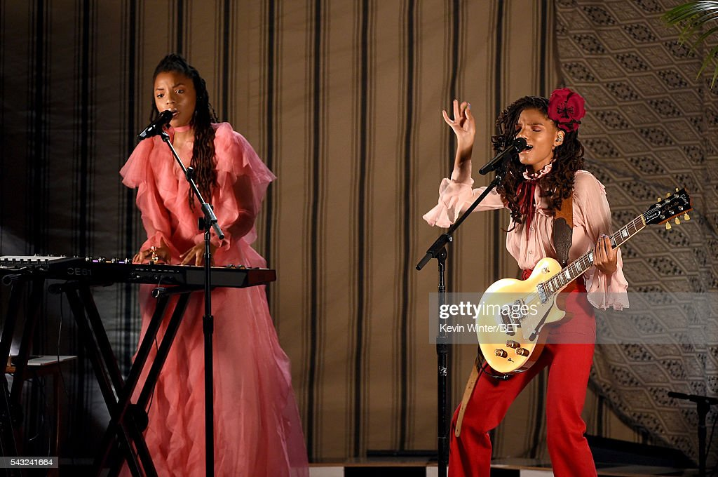 Recording artists Chloe Bailey (L) and Halle Bailey of Chloe x Halle perform onstage during the 2016 BET Awards at the Microsoft Theater on June 26, 2016 in Los Angeles, California.