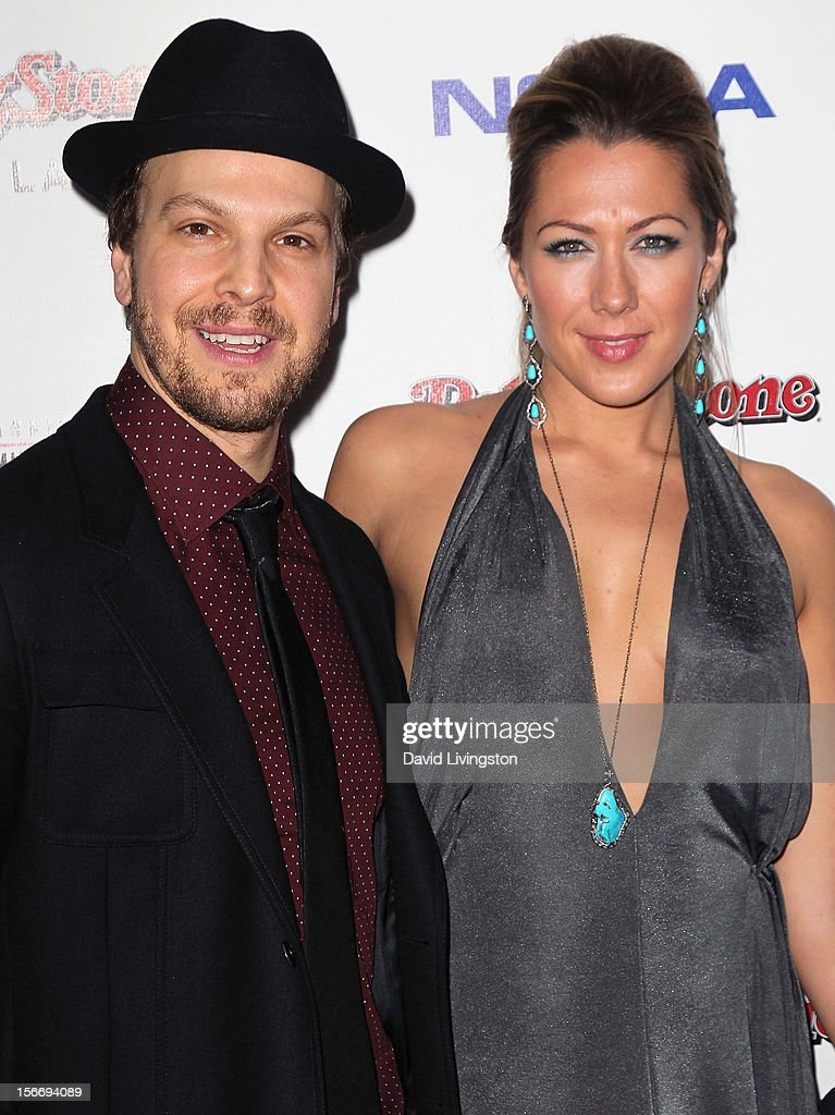 Recording artists <a gi-track='captionPersonalityLinkClicked' href=/galleries/search?phrase=Gavin+DeGraw&family=editorial&specificpeople=203282 ng-click='$event.stopPropagation()'>Gavin DeGraw</a> (L) and <a gi-track='captionPersonalityLinkClicked' href=/galleries/search?phrase=Colbie+Caillat&family=editorial&specificpeople=4410812 ng-click='$event.stopPropagation()'>Colbie Caillat</a> attend Rolling Stone Magazine's 2012 American Music Awards (AMAs) VIP After Party presented by Nokia and Rdio at the Rolling Stone Restaurant and Lounge on November 18, 2012 in Los Angeles, California.