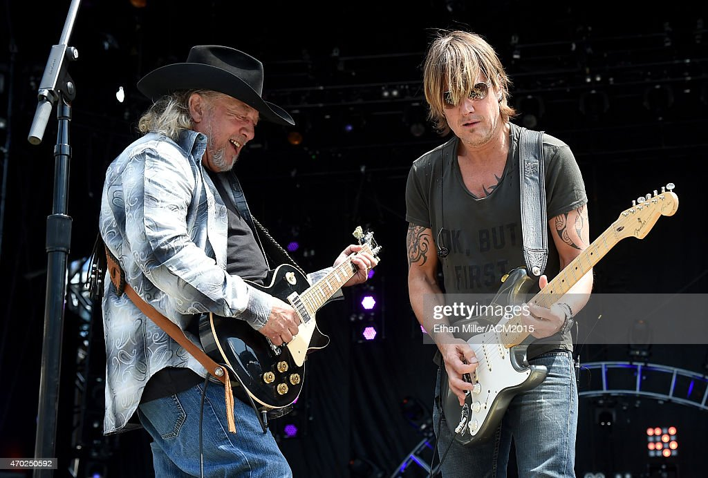 Recording artists John Anderson (L) and Keith Urban rehearse onstage during ACM Presents: Superstar Duets at Globe Life Park in Arlington on April 18, 2015 in Arlington, Texas.