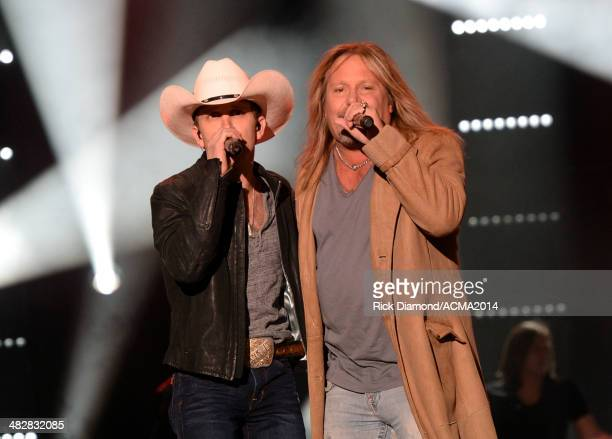 Recording artists Justin Moore and Vince Neil perform onstage during day one of the ACM Party for a Cause Festival at The LINQ on April 4 2014 in Las...