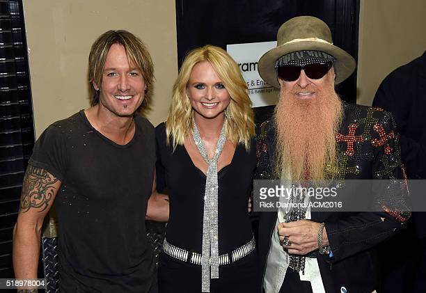 Recording artists Keith Urban Miranda Lambert and Billy Gibbons of ZZ Top attend the 51st Academy of Country Music Awards at MGM Grand Garden Arena...