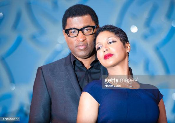 Recording Artists Kenny 'Babyface' Edmonds and Toni Braxton pose on stage as they join the cast of 'After Midnight' at the Brooks Atkinson Theatre on...
