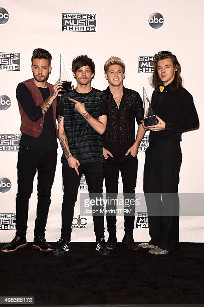 Recording artists Liam Payne Louis Tomlinson Niall Horan and Harry Styles of One Direction winners of Favorite Pop/Rock Band/Duo/Group pose in the...