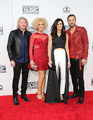 Recording artists Philip Sweet Kimberly Schlapman Karen Fairchild and Jimi Westbrook of Little Big Town arrive at the 2015 American Music Awards at...