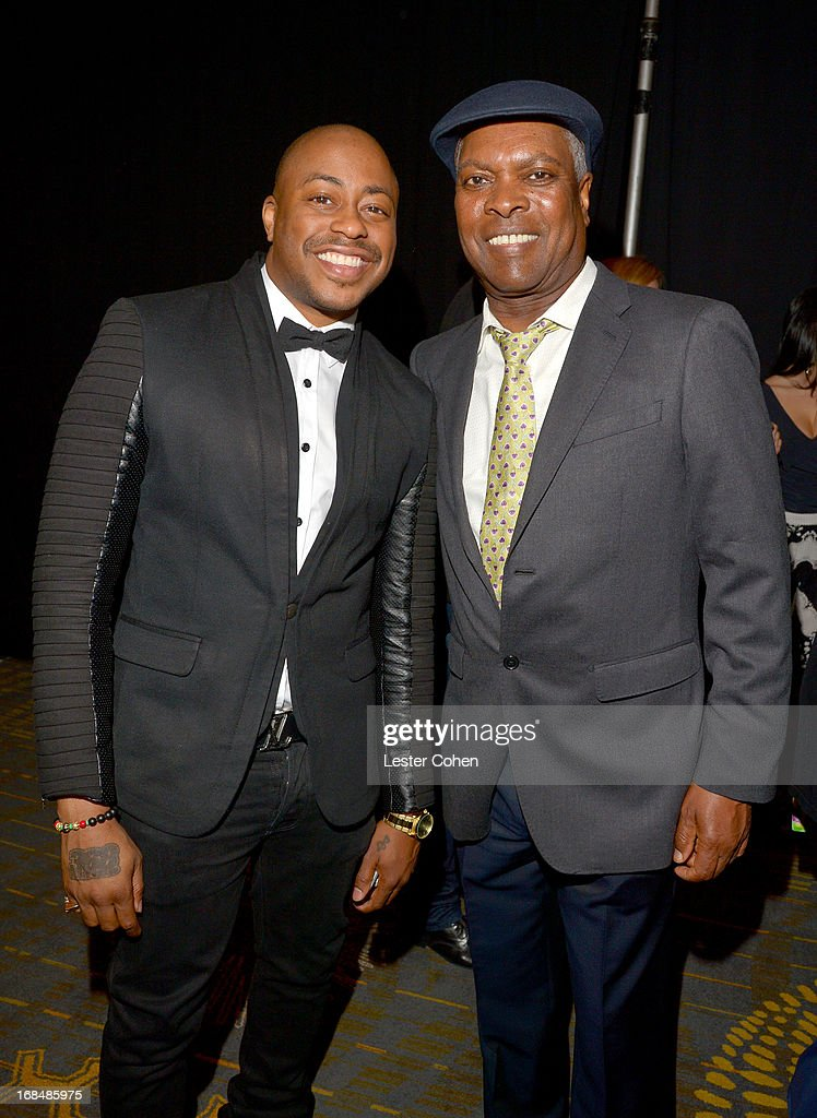 Recording artists <a gi-track='captionPersonalityLinkClicked' href=/galleries/search?phrase=Raheem+DeVaughn&family=editorial&specificpeople=4692766 ng-click='$event.stopPropagation()'>Raheem DeVaughn</a> (L) and Booker T. attend the NARM 2013 meet and greet during 2013 Music Biz Awards at the Hyatt Regency Century Plaza on May 9, 2013 in Los Angeles, California.