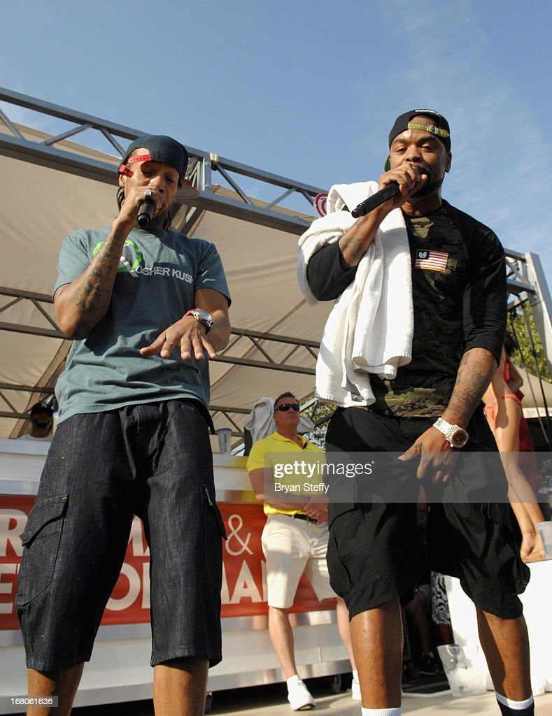 Recording artist's Redman (L) and Method Man perform during Ditch Weekend at the Palms Pool & Bungalows at the Palms Casino Resort on May 4, 2013 in Las Vegas, Nevada.