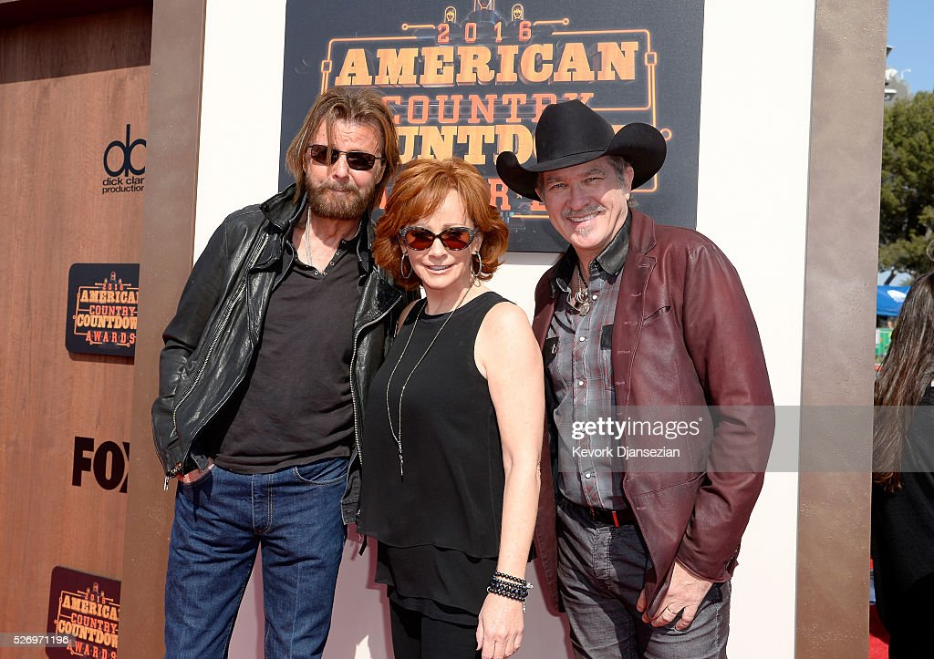 Recording artists Ronnie Dunn, Reba McEntire and Kix Brooks attend the 2016 American Country Countdown Awards at The Forum on May 1, 2016 in Inglewood, California.