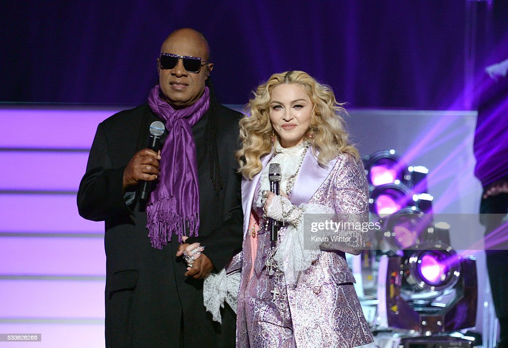 Recording artists Stevie Wonder (L) and Madonna perform a tribute to Prince onstage during the 2016 Billboard Music Awards at T-Mobile Arena on May 22, 2016 in Las Vegas, Nevada.