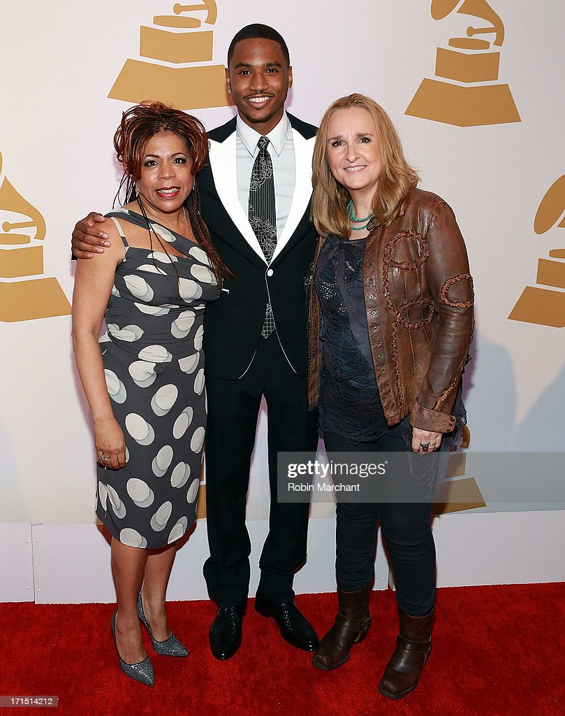 Recording artists <a gi-track='captionPersonalityLinkClicked' href=/galleries/search?phrase=Valerie+Simpson+-+Recording+Artist&family=editorial&specificpeople=235722 ng-click='$event.stopPropagation()'>Valerie Simpson</a>, <a gi-track='captionPersonalityLinkClicked' href=/galleries/search?phrase=Trey+Songz&family=editorial&specificpeople=674835 ng-click='$event.stopPropagation()'>Trey Songz</a> and <a gi-track='captionPersonalityLinkClicked' href=/galleries/search?phrase=Melissa+Etheridge&family=editorial&specificpeople=206313 ng-click='$event.stopPropagation()'>Melissa Etheridge</a> attend The Recording Academy Honors 2013 at 583 Park Avenue on June 25, 2013 in New York City.