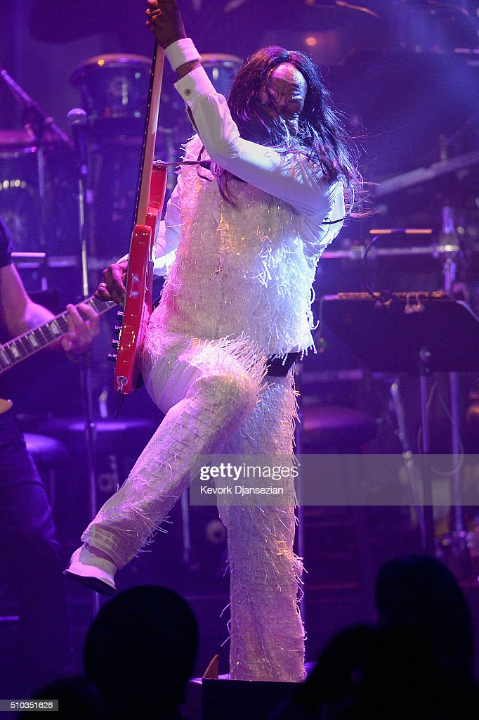 Recording artists Verdine White of music group Earth, Wind & Fire performs onstage during the 2016 Pre-GRAMMY Gala and Salute to Industry Icons honoring Irving Azoff at The Beverly Hilton Hotel on February 14, 2016 in Beverly Hills, California.