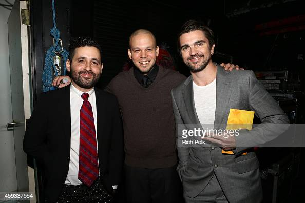 Recording artists Visitante and Rene Perez Joglar of Calle 13 and Juanes winner of the Best Pop/Rock Album award for 'Loco de Amor' pose backstage at...