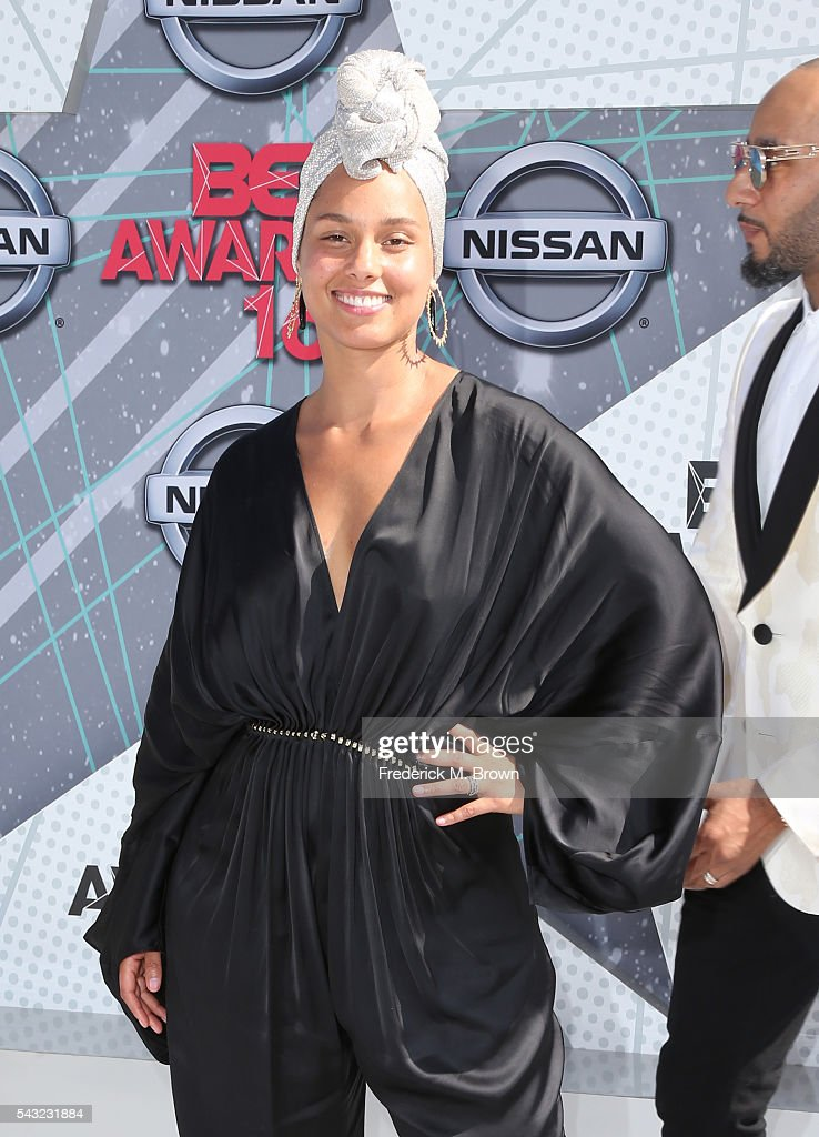 Recording artst <a gi-track='captionPersonalityLinkClicked' href=/galleries/search?phrase=Alicia+Keys&family=editorial&specificpeople=169877 ng-click='$event.stopPropagation()'>Alicia Keys</a> attend the 2016 BET Awards at the Microsoft Theater on June 26, 2016 in Los Angeles, California.