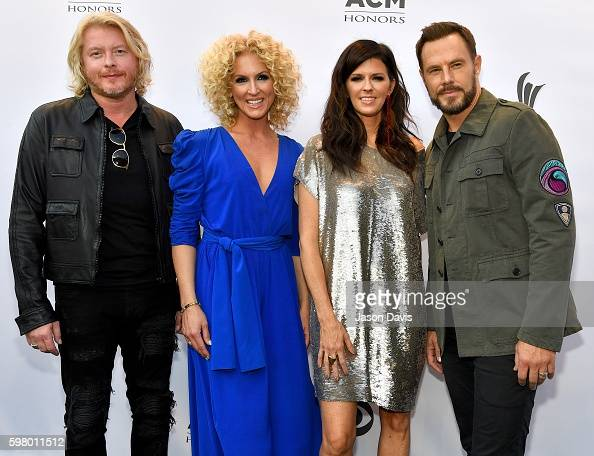 Recoring Artists Philip Sweet Kimberly Schlapman Karen Fairchild and Jimi Westbrook of Little Big Town arrive at 10th Annual ACM Honors at the Ryman...