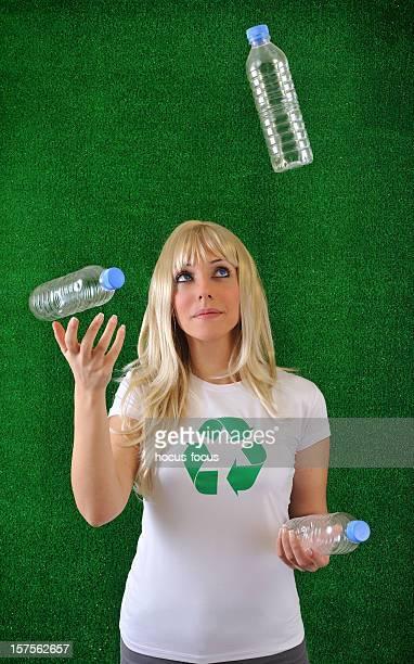 Recycling juggler
