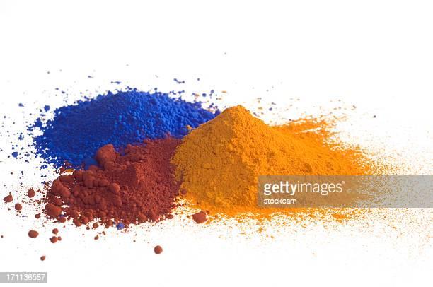 Rouge Bleu Jaune et de pigments sur blanc