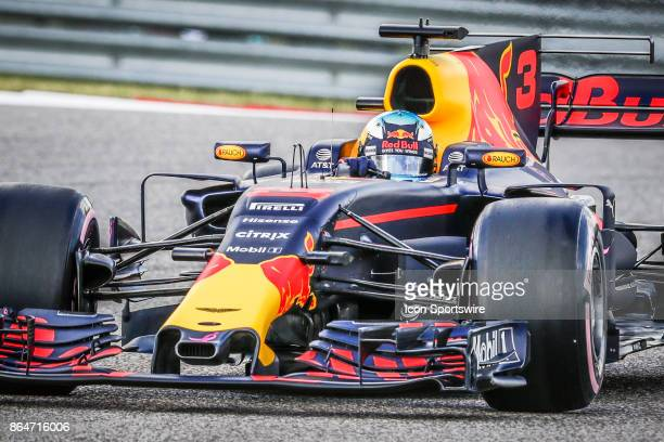Red Bull Racing driver Daniel Ricciardo of Australia drives through turn 1 during morning practice for the Formula 1 United States Grand Prix on...