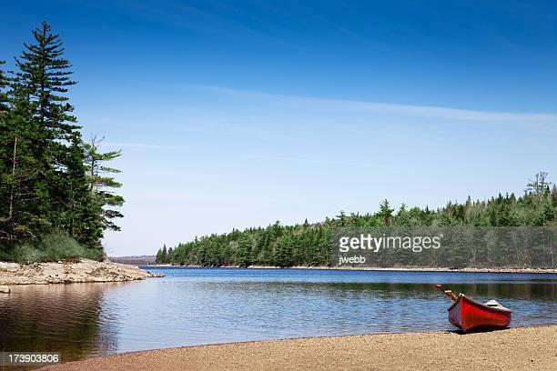 カヌー lake shore