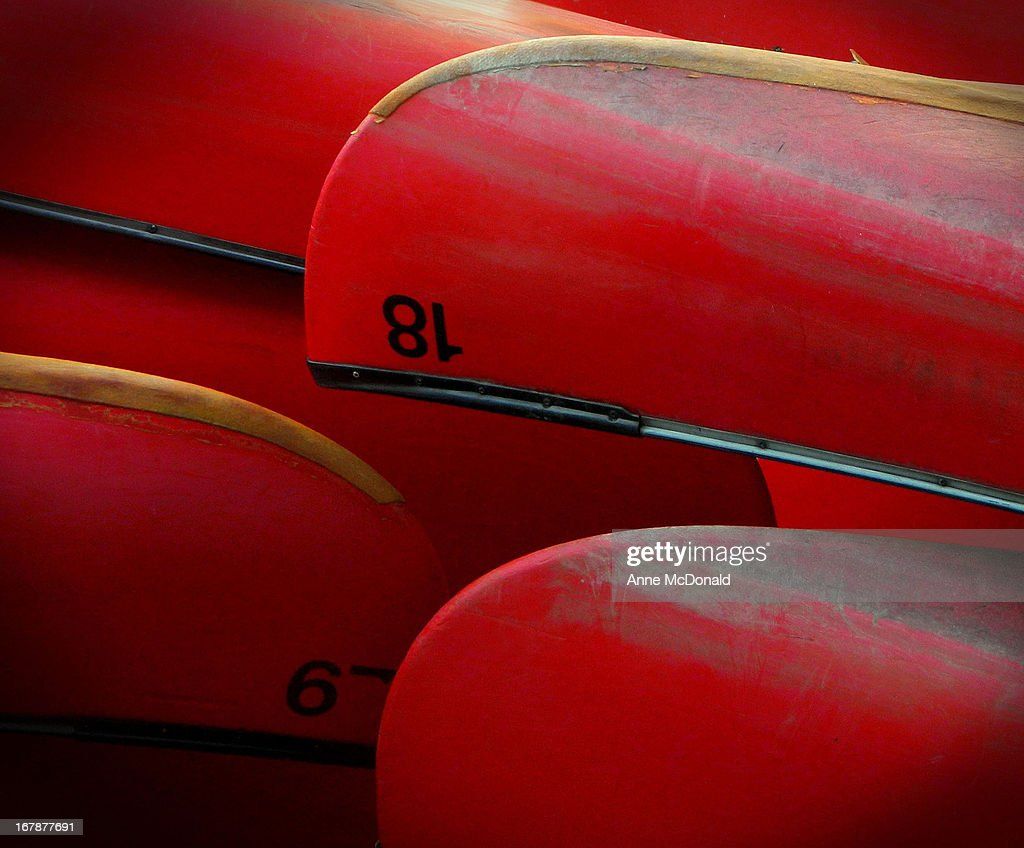 Red canoes : Stock Photo