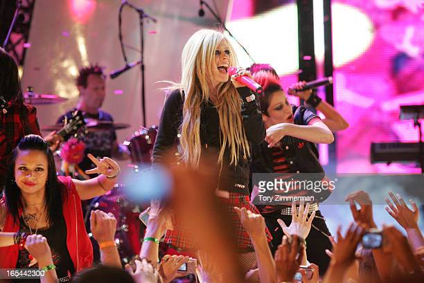 MMVAS Red carpet arrivals at the Much Music Video Awards In this pic Avril Lavigne on stage closing the show