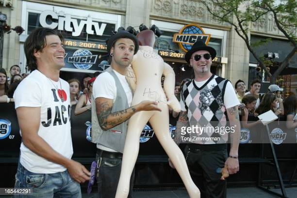 MMVAS Red carpet arrivals at the Much Music Video Awards In this pic HEDLEY