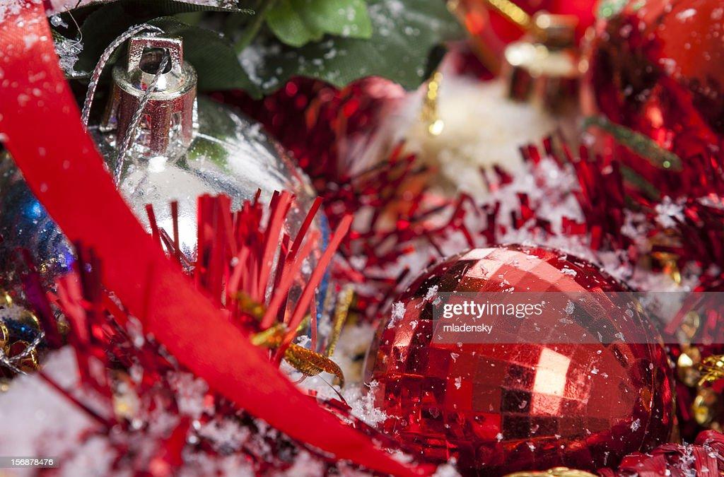 rote weihnachten dekoration stock foto getty images. Black Bedroom Furniture Sets. Home Design Ideas