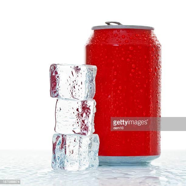 レッドのコーラに氷を