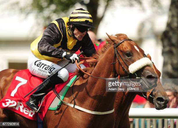 Red Duke ridden by Kieren Fallon comes home to win the 32Redcom Superlative Stakes