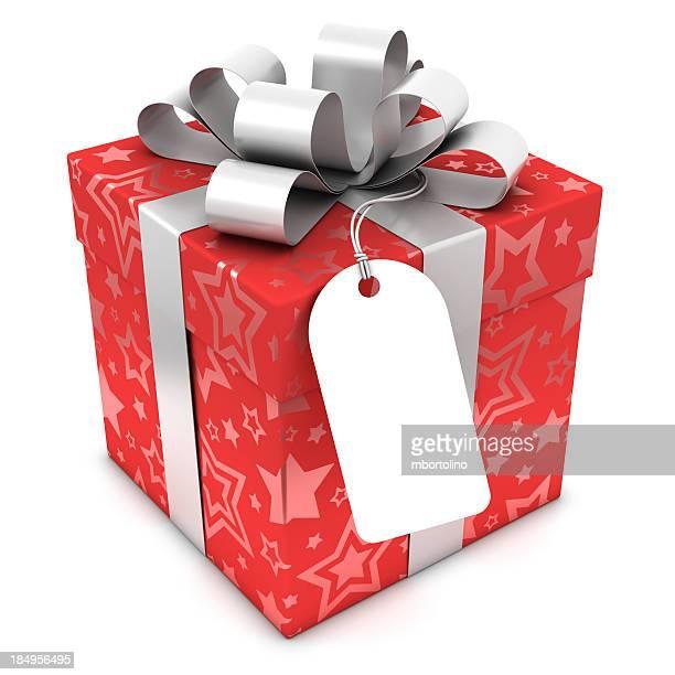 Rouge boîte de cadeau avec étiquette vierge et des tracés de détourage
