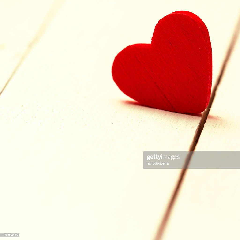Red Heart On Wooden Background. : Stockfoto
