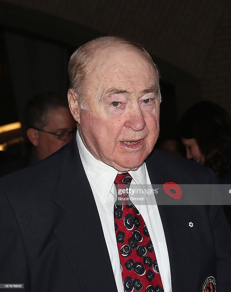 Red Kelly walks the red carpet prior to the 2013 Hockey Hall of Fame induction ceremony on November 11, 2013 in Toronto, Canada.