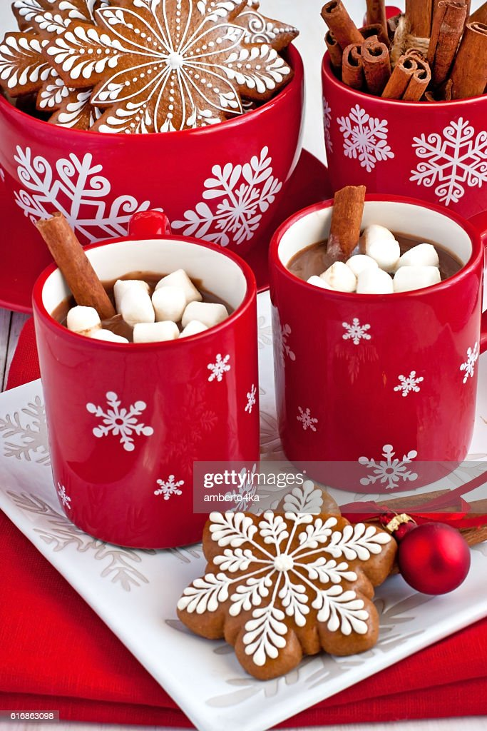 Red mugs with hot chocolate and marshmallows : Stock Photo