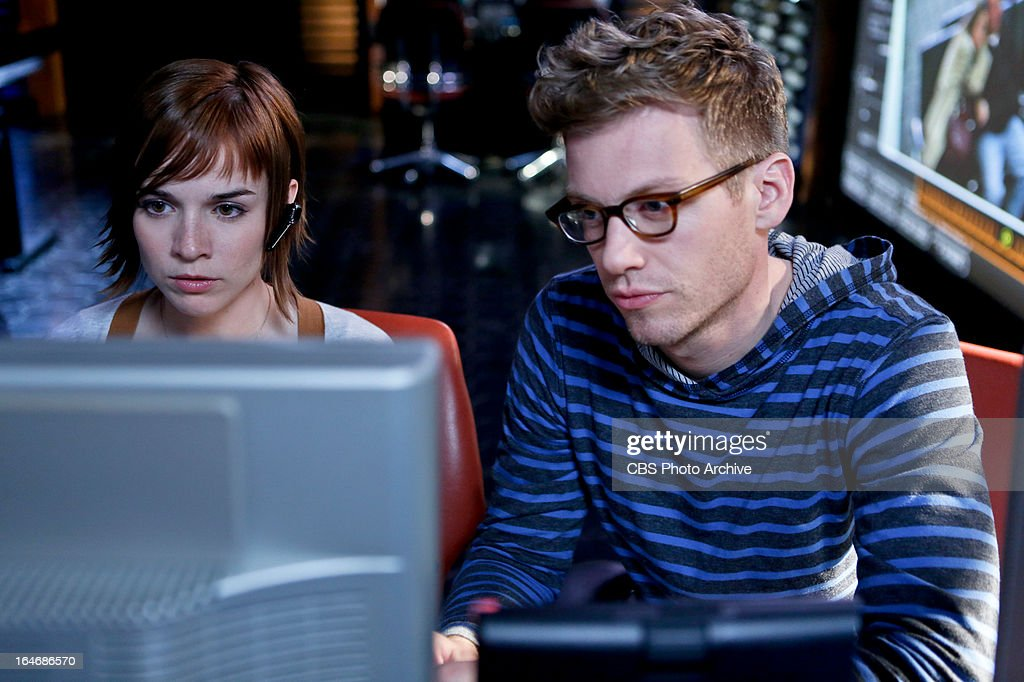 'Red: Part Two' - Pictured (L-R): Renee Felice Smith (Intelligence Analyst Nell Jones) and Barrett Foa (Tech Operator Eric Beale). While the LA team chases leads digitally and locally, the