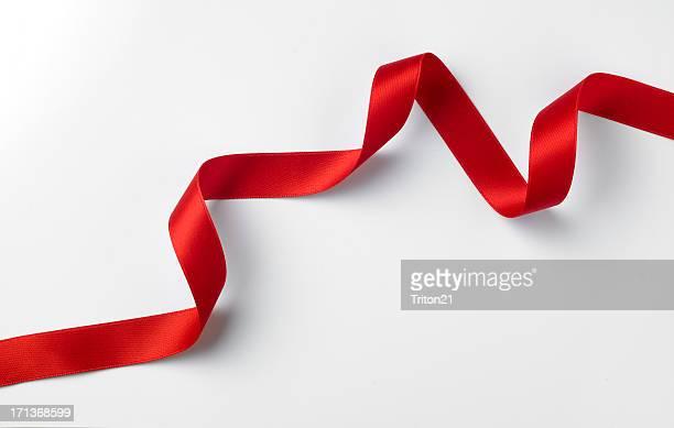 Red ribbon Stil auf Weiß