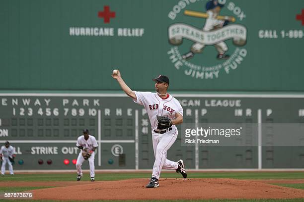 Red Sox pitcher Tim Wakefield in baseball pitching action during game 3 of the ALDS against the Boston Red Sox at Fenway Park in Boston The Chicago...