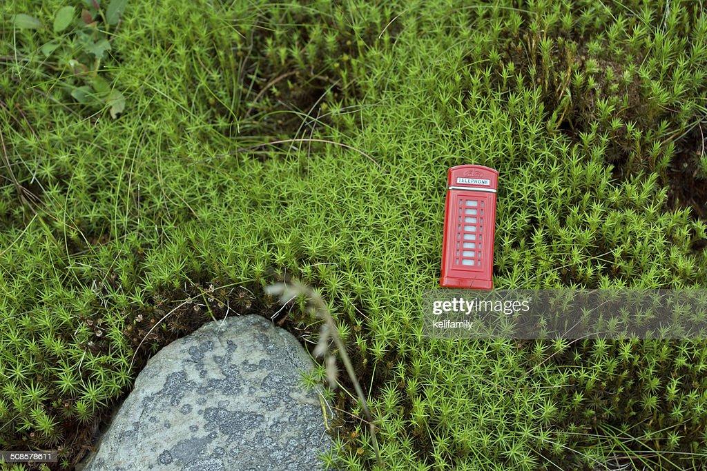 Rote Telefon box in der moss : Stock-Foto