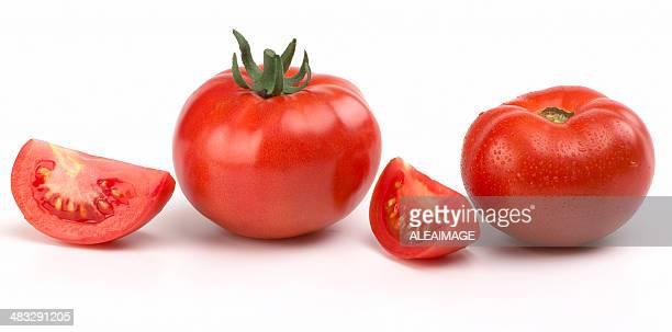 Rote Tomaten und Scheiben