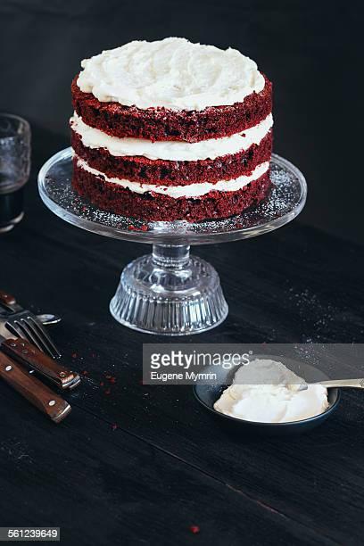 Red velvet on cake plate