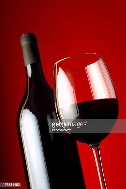 & bouteille de vin rouge, Verre à vin