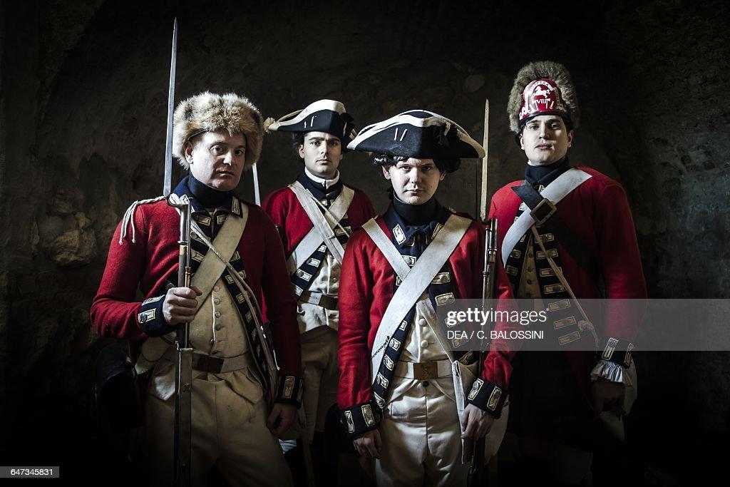 Redcoat, American Revolutionary War, reenactment Pictures | Getty ...