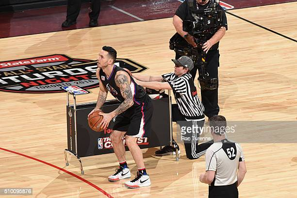J Redick of the Los Angeles Clippers shoots the ball during the Foot Locker ThreePoint Contest as part of 2016 NBA AllStar Weekend on February 13...