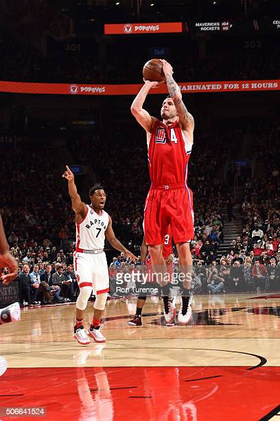 J Redick of the Los Angeles Clippers shoots the ball during the game against the Toronto Raptors on January 24 2016 at the Air Canada Centre in...