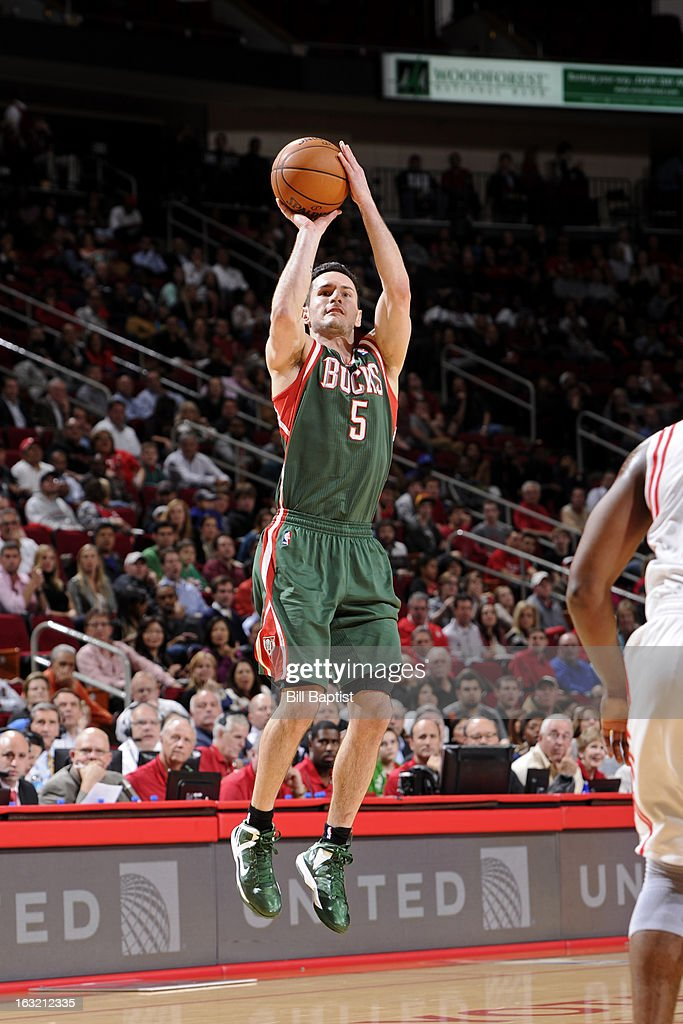 <a gi-track='captionPersonalityLinkClicked' href=/galleries/search?phrase=J.J.+Redick&family=editorial&specificpeople=211608 ng-click='$event.stopPropagation()'>J.J. Redick</a> #5 of the Milwaukee Bucks takes a shot against the Houston Rockets on February 27, 2013 at the Toyota Center in Houston, Texas.