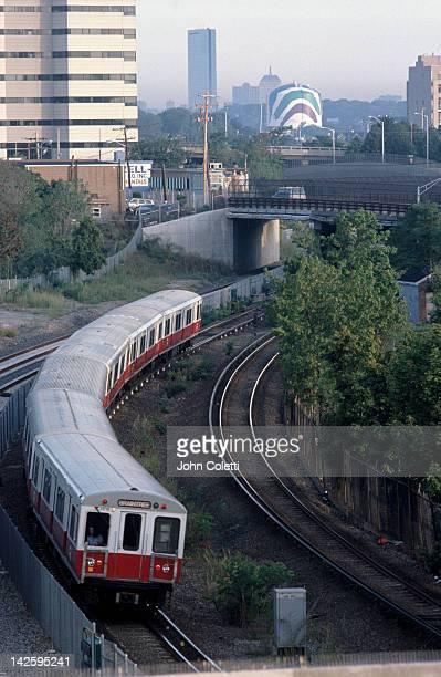 Redline train leaving Boston for Braintree