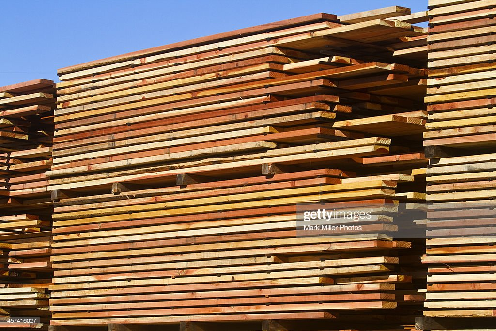 Redwood Lumber in California, USA ready to ship