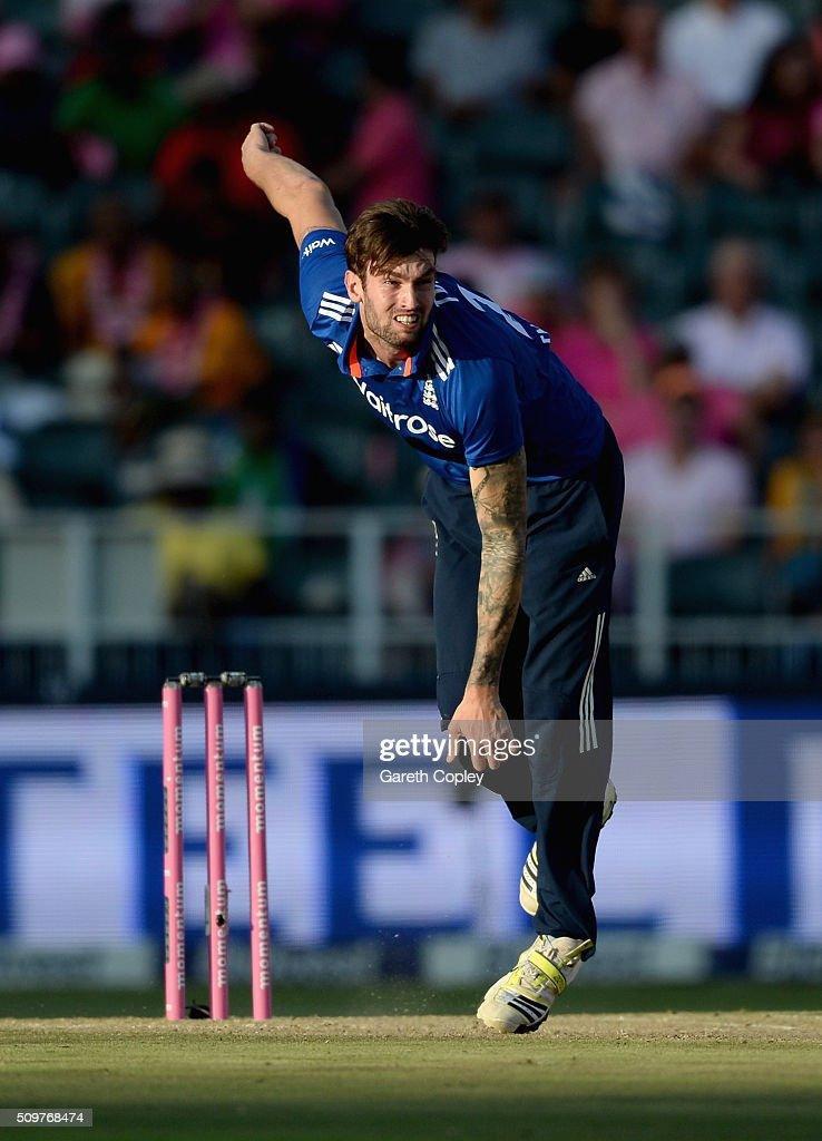 Reece Topley of England bowls during the 4th Momentum ODI between South Africa and England at Bidvest Wanderers Stadium on February 12, 2016 in Johannesburg, South Africa.