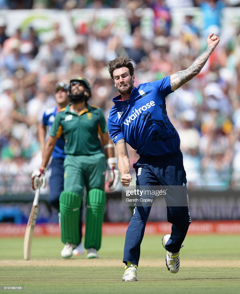 Reece Topley of England celebrates dismissing Rilee Rossouw of South Africa during the 5th Momentum ODI match between South Africa and England at Newlands Stadium on February 14, 2016 in Cape Town, South Africa.