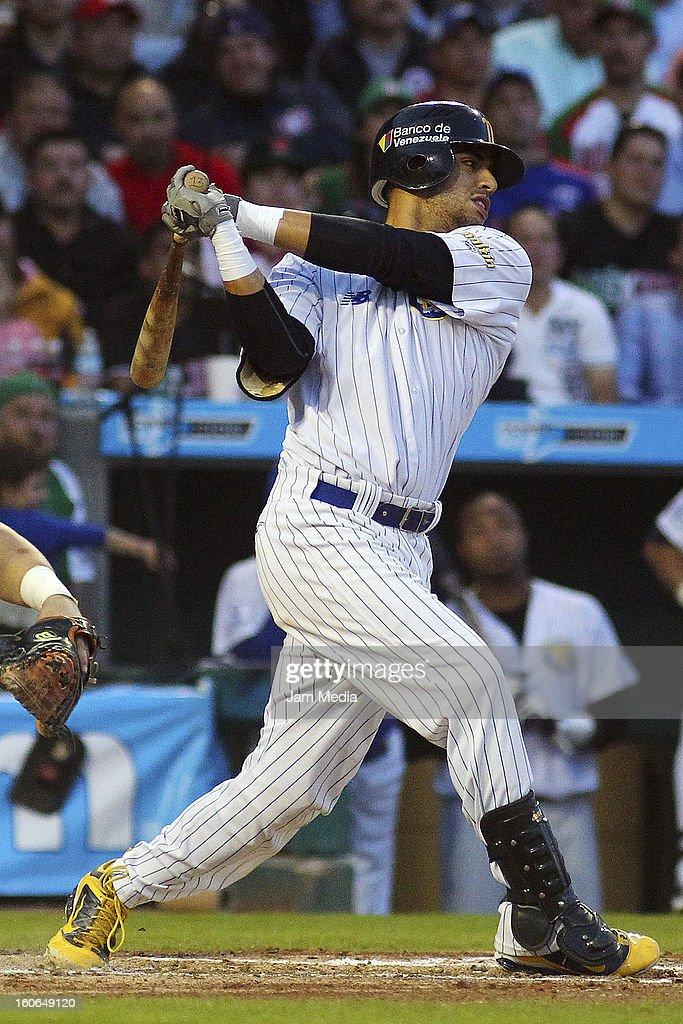 Reegie Corona of Venezuela in action during the Caribbean Series Baseball 2013 in Sonora Stadium on February 2, 2013 in Hermosillo, Mexico.
