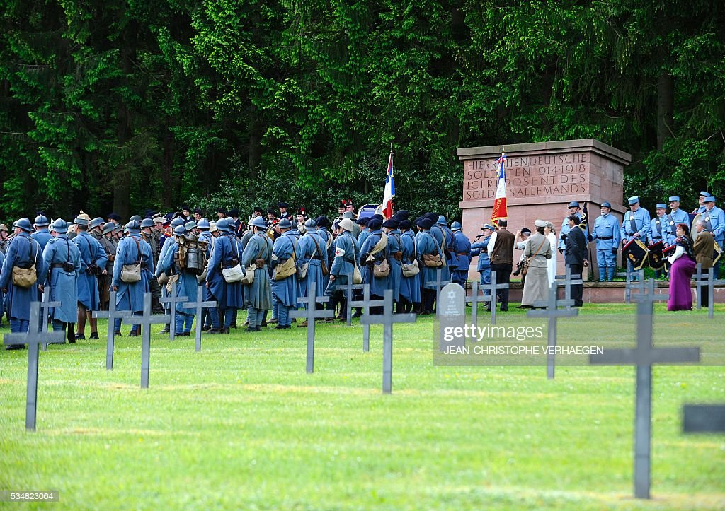 Reenactors gather at the German WWI cemetery of Troyon, eastern France, on May 28, 2016, as part of the 100-year commemoration of WWI's Battle of Verdun. VERHAEGEN