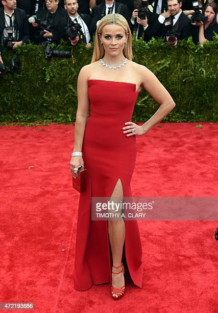 Reese Witherspoon arrives at the 2015 Metropolitan Museum of Art's Costume Institute Gala benefit in honor of the museums latest exhibit China...